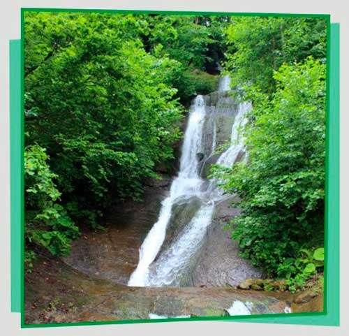 Трехъярусный водопад